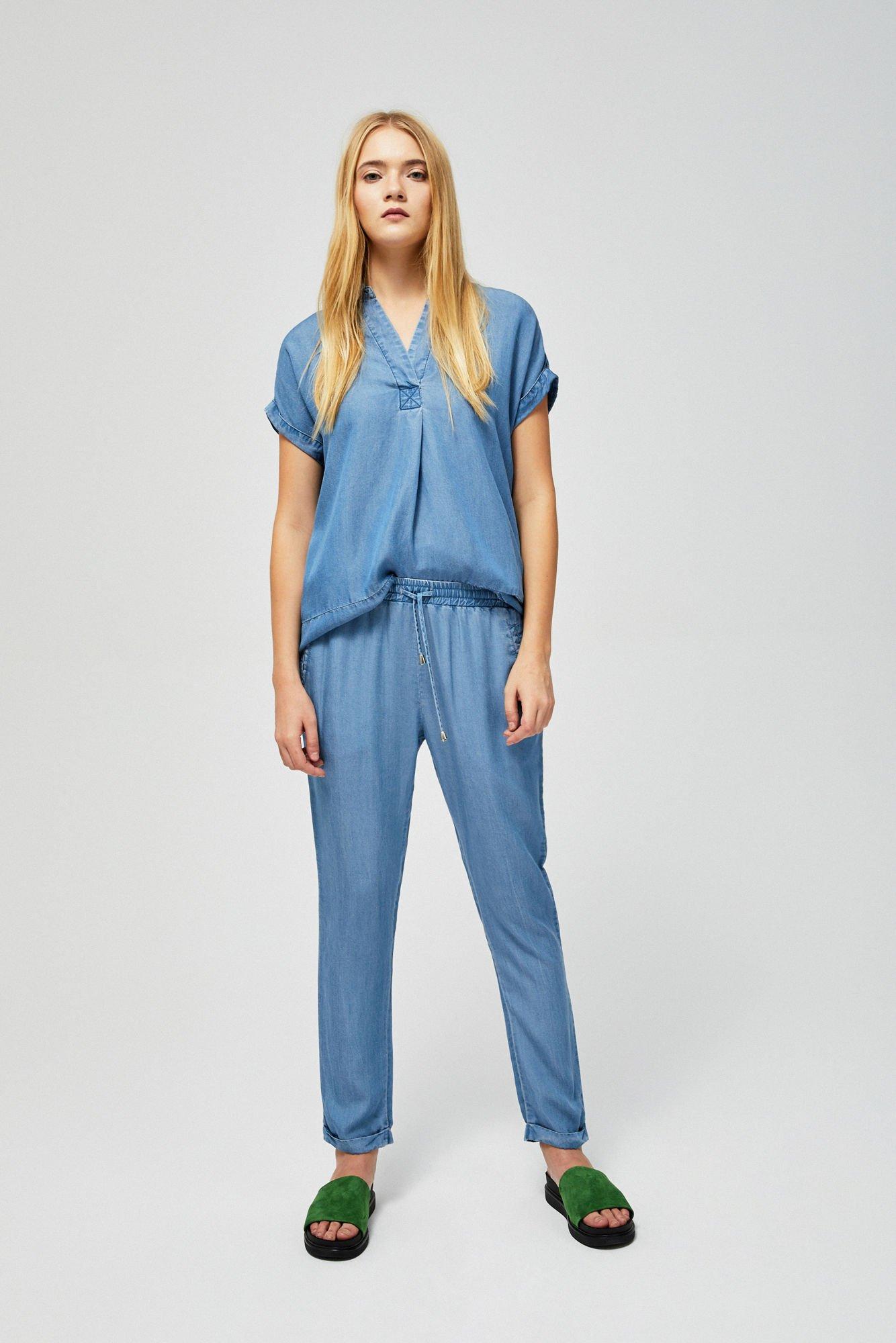 Niebieskie spodnie lyocell