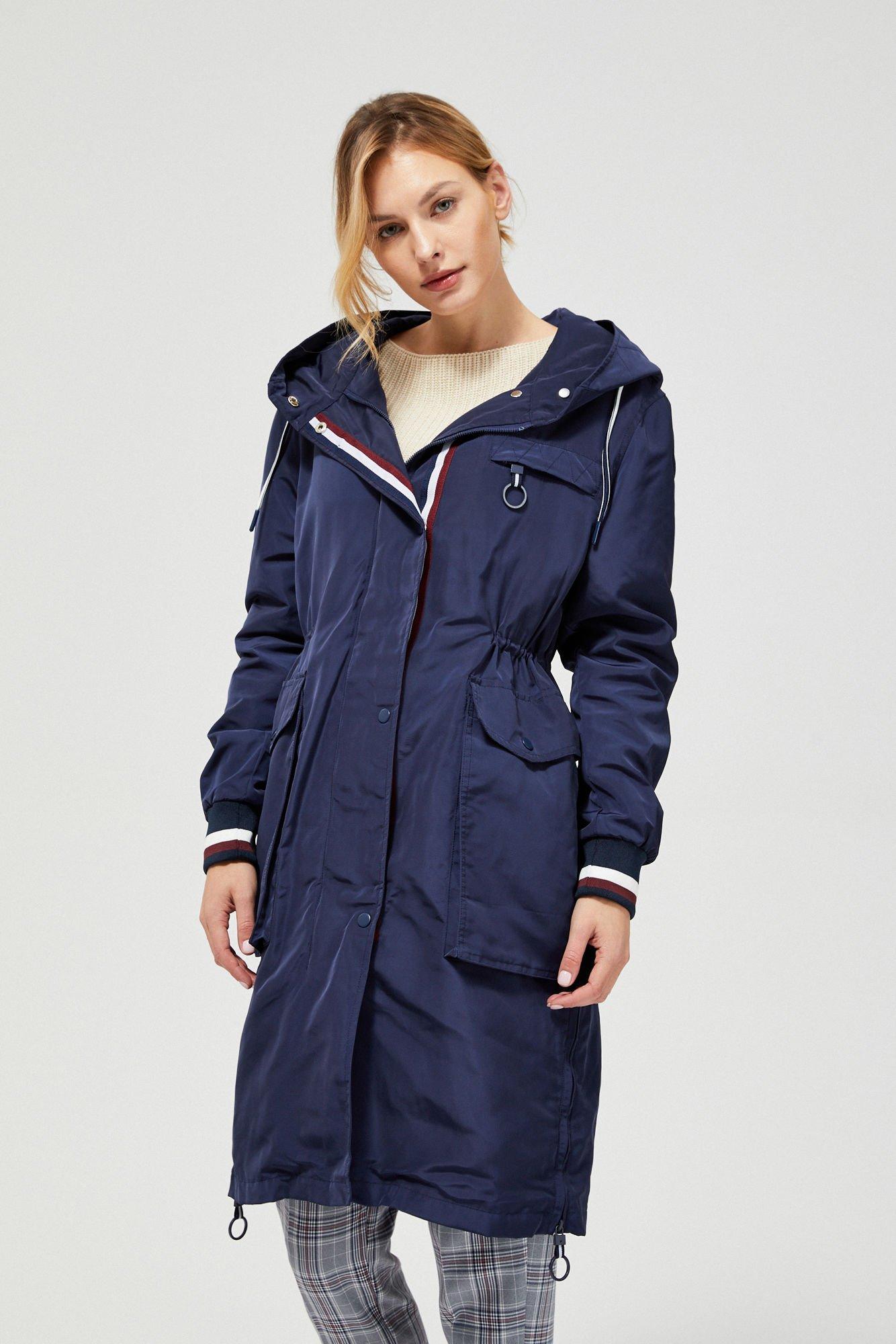 Długa kurtka z kapturem i rozporkami