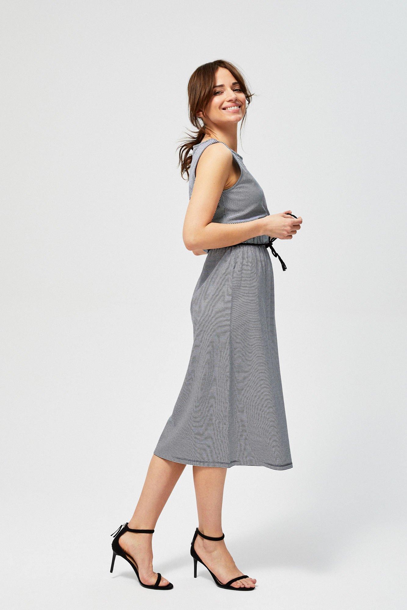 Sukienka bawełniana w prążki
