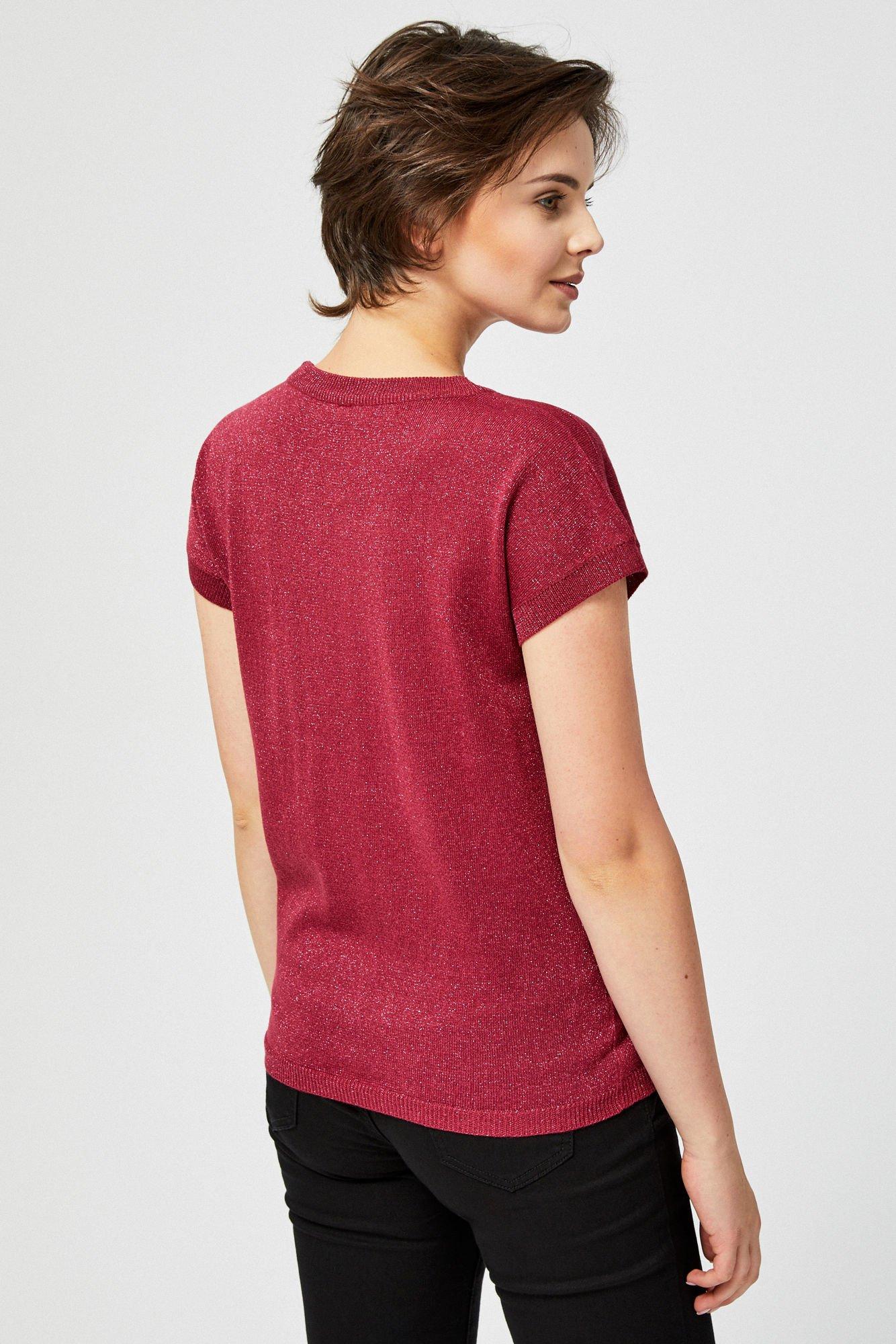 Sweter z metaliczną nitką