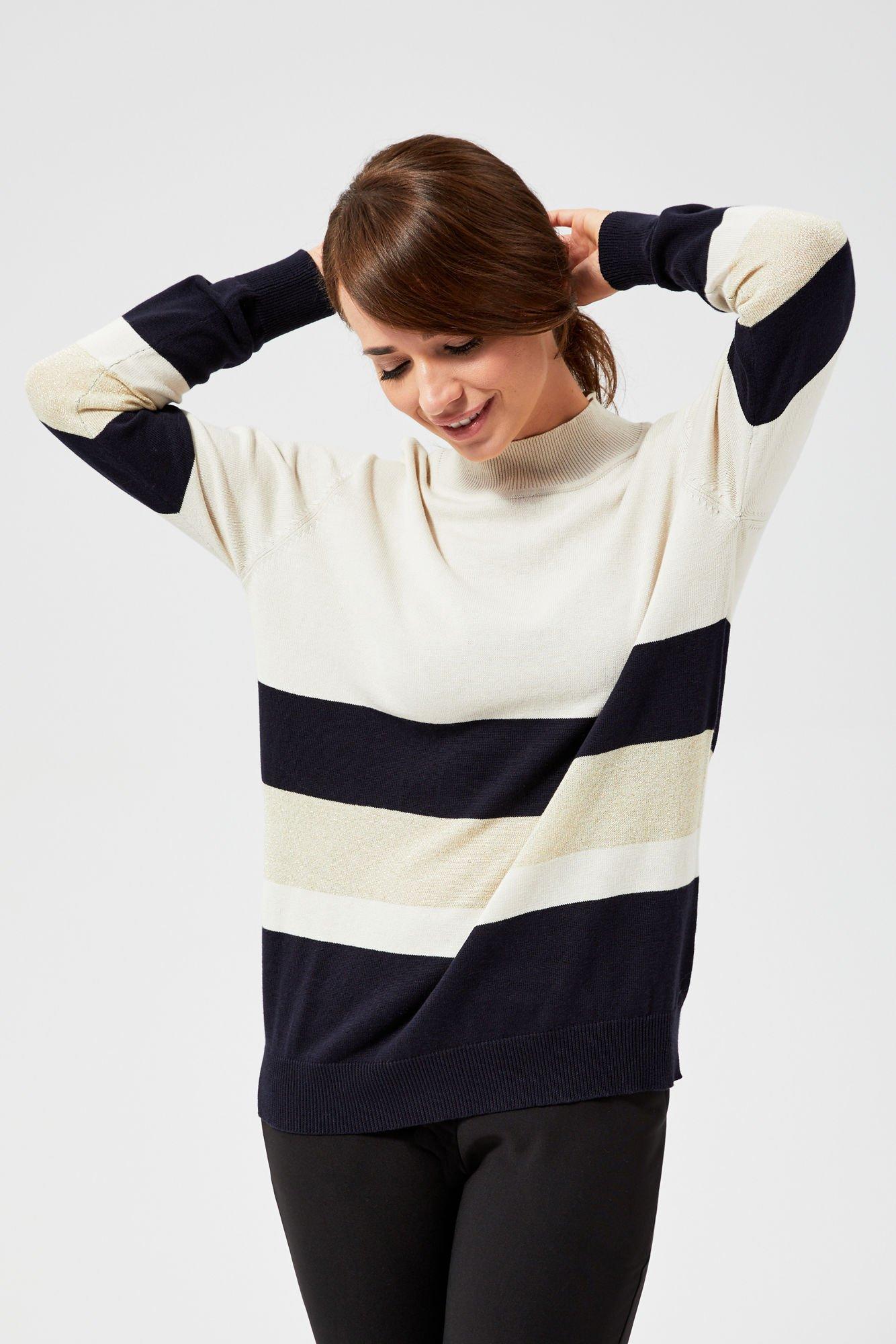 Sweter w paski z metaliczną nitką