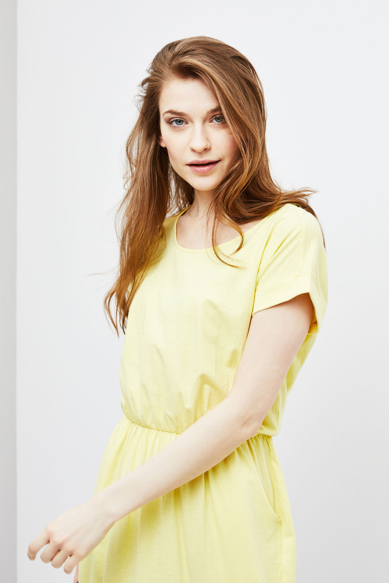 052d8d15f4 Sukienka z kieszeniami -