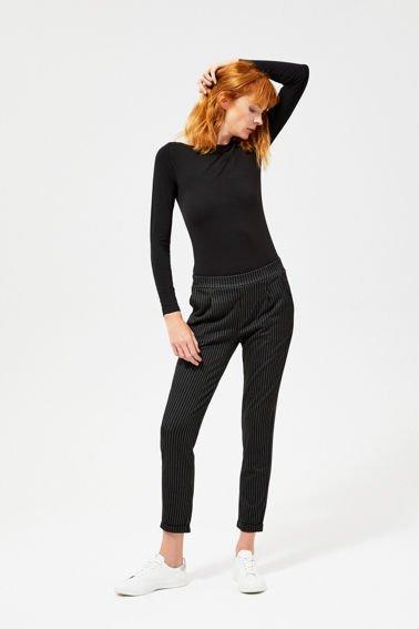 7b7322fd6ff1f0 Modne spodnie damskie skrojone na miarę Twoich oczekiwań | Moodo